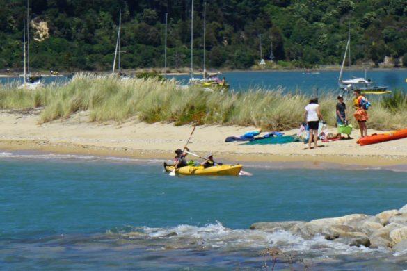 Mit dem Kayak zum Split Apple Rock