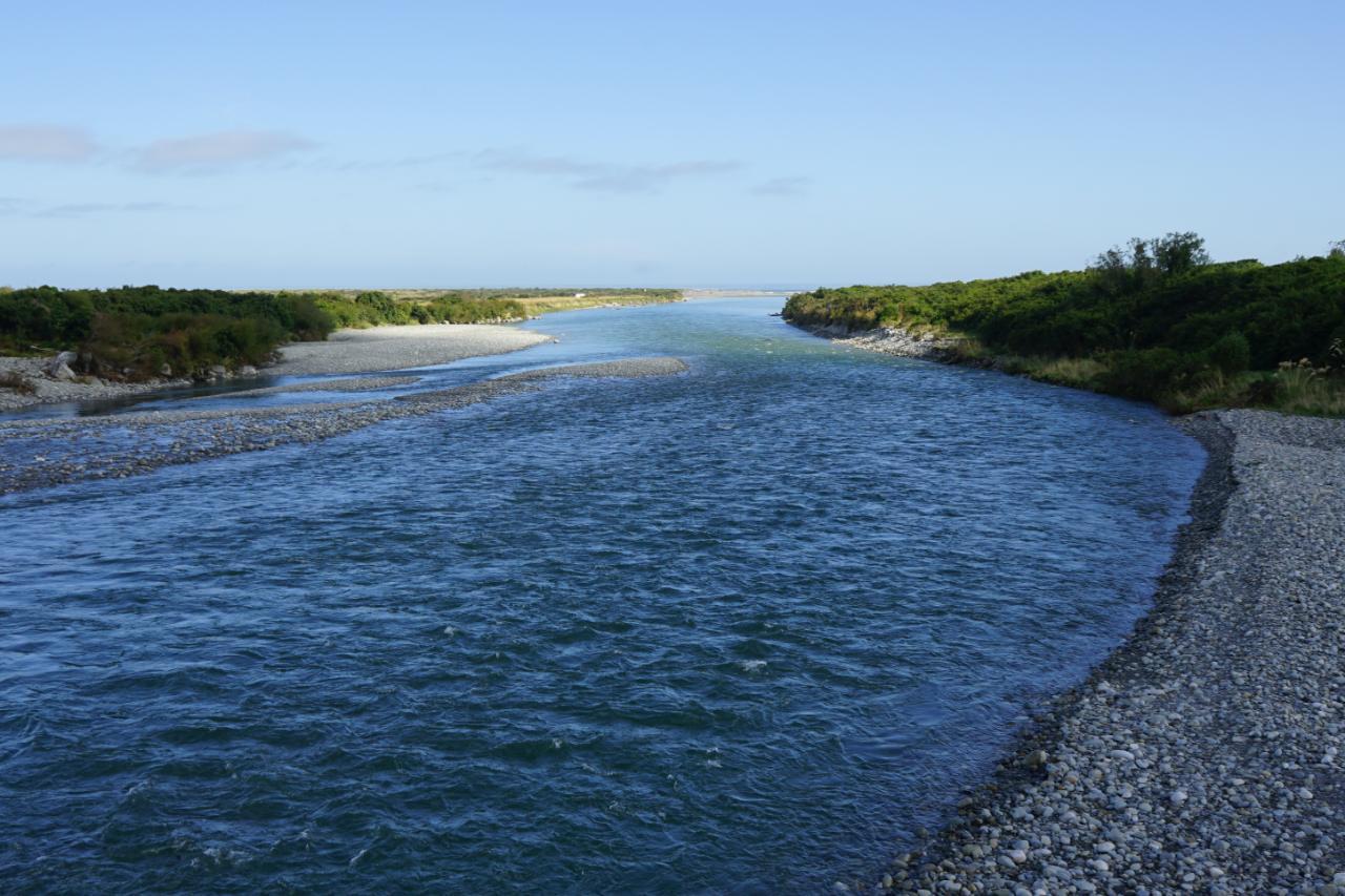Auf der Suche nach Pounamu am Arahura River